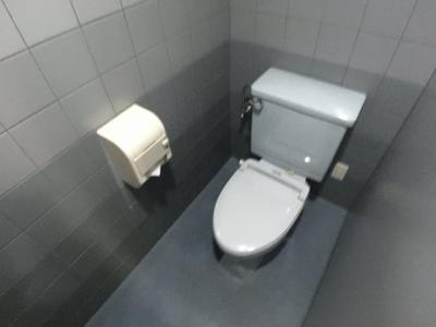 【トイレ】カーサエトワール2F貸事務所