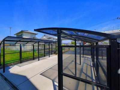 屋根付き駐輪場スペース完備です