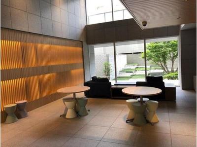 【エントランス】プラウドシティ新大阪