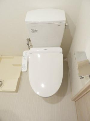 【トイレ】ファーストフィオーレ心斎橋イーストⅢ