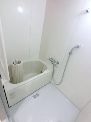 浴室乾燥機付のユニットバスです。