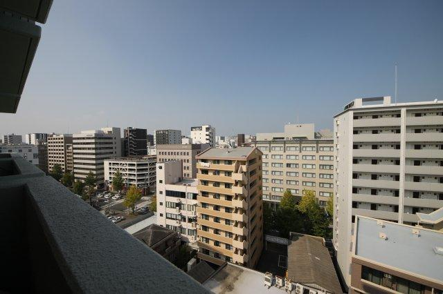 博多駅前エリアですが、12階なのでお部屋からの眺望も気持ちいい!