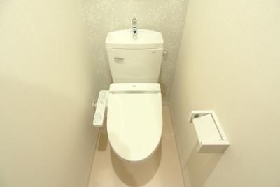 【トイレ】アルヴィータ新大阪