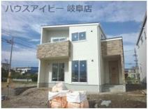 大垣市長松町 新築建売 全3棟 パントリー付き!家事動線を考えて使いやすくなっております。駐車場3台の画像