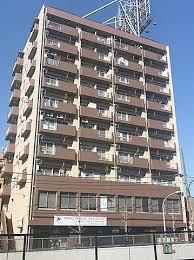 複数路線利用可能な「荻窪」駅から徒歩約5分の便利な立地です。