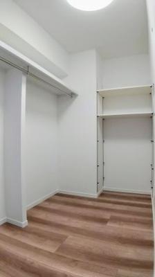 趣味のスペースにも使えるサービスルームです。