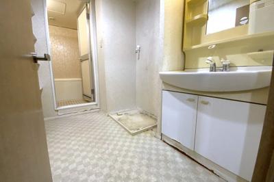 理想のお部屋にリフォームしたい、とにかく安く綺麗にしたい、リフォーム費用を住宅ローンで借りたい等お客様のご要望に合わせたご提案をさせて頂きます。どうぞお気軽にご相談下さい(*´▽`*)