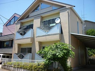各線「新横浜」駅へも徒歩圏内の賃貸アパートです