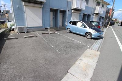 【駐車場】ハイツカワイ