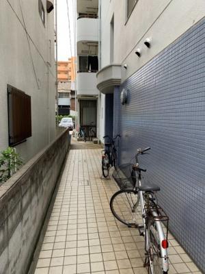【エントランス】アパートメント2210