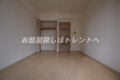 【居間・リビング】ドゥーエ新川