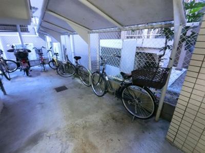 駐輪場・バイク置場です。