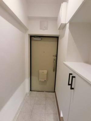白を基調とした空間です。