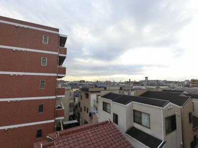 4階最上階角部屋からの眺望です。
