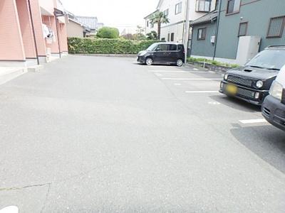 【駐車場】テラスラムール