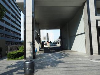 駐車場入口 コスモ木場キャナルブリーズ