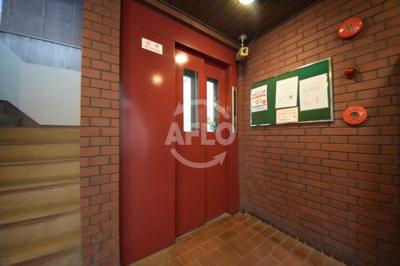 アークハイム川島 エレベーター
