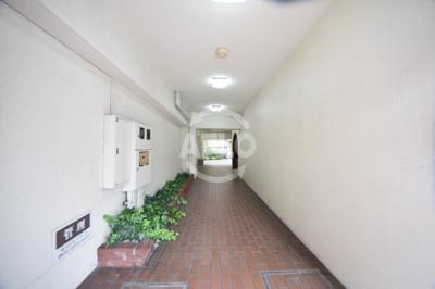 アークハイム川島 玄関