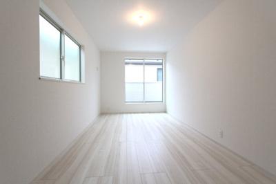 洋室です 三郷新築ナビで検索
