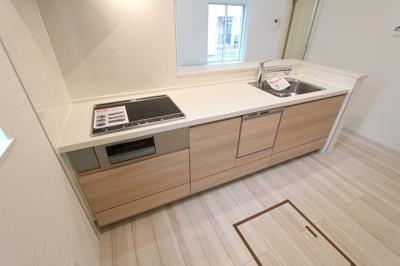 コンパクトなキッチンで掃除もラクラク 三郷新築ナビで検索