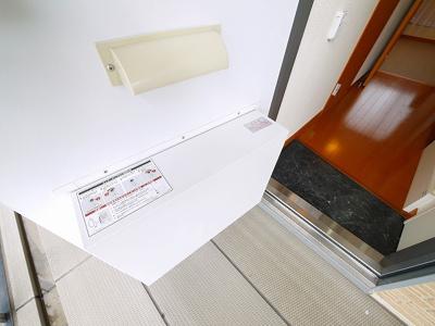 宅配ボックスは不在の時便利です