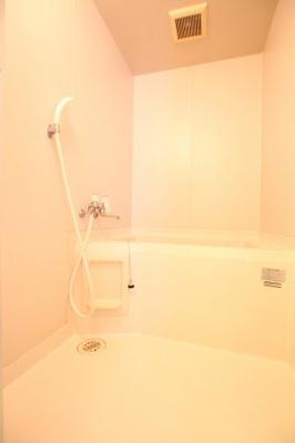 【浴室】フレールトモエ