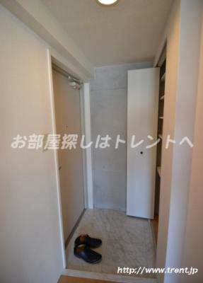 【玄関】モデュロール代々木公園