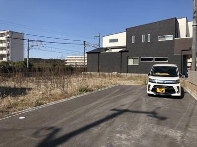 【前面道路含む現地写真】粟生町20号地