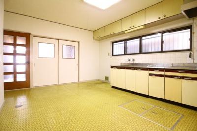 【居間・リビング】清水通貸家