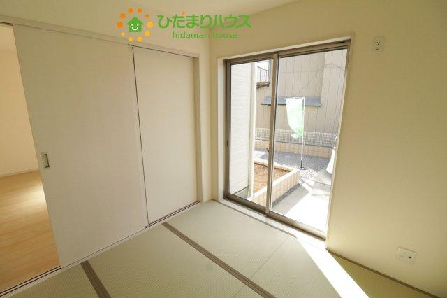 リビング横の和室は客間にも使えます!