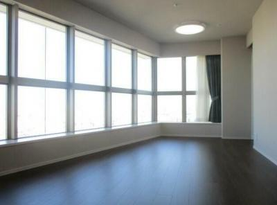 【居間・リビング】ザパークハウス西新宿タワー60