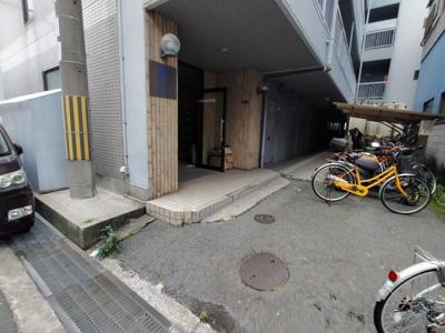 【エントランス】プレアール蔀屋本町