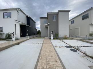調整区域の開発の為敷地が広く全区画がユッタリしたプランです。
