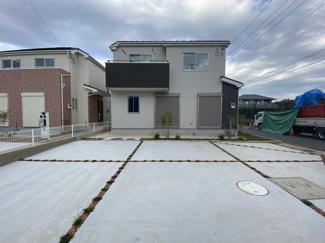 新京成線「滝不動」駅徒歩20分の全12棟の新築一戸建てです。