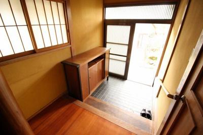 【玄関】瀬戸町長和 中古住宅