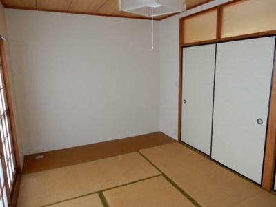 寝室にも客間にもなる便利な和室