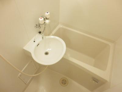 【浴室】レオパレススリーエース