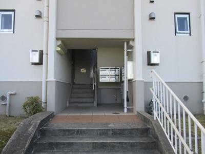 【エントランス】名谷4団地18号棟