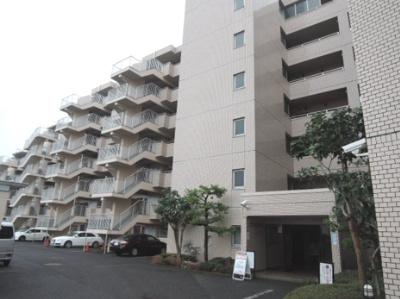 昭和61年7月築、総戸数116戸のマンションです。 大規模物件につき管理費を安く抑えられます♪
