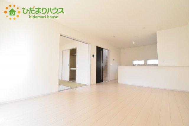 【居間・リビング】行田市佐間 第5 新築一戸建て リーブルガーデン 01