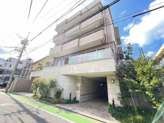 七隈線「薬院大通駅」まで徒歩7分!天神方面への通勤も便利です☆彡 閑静な住宅地ながら交通の利便性が高いのが魅力です
