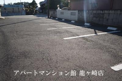 【駐車場】サンラフォーレ佐貫