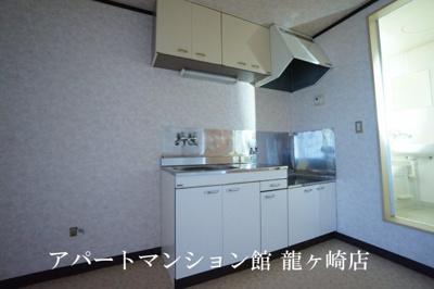 【キッチン】サンラフォーレ佐貫