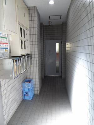 AokiビルⅡ 共用部分には防犯カメラが設置されています。