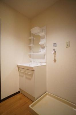 女子力UPには独立洗面台は必須アイテム♪