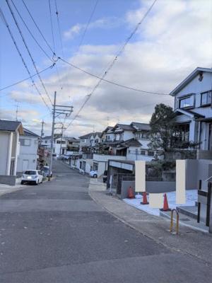 【前面道路含む現地写真】京都市伏見区桃山紅雪町
