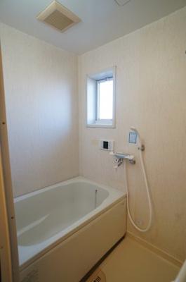 【浴室】ウィスタリアコート