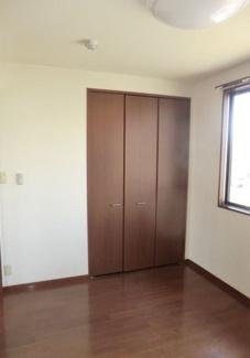 【収納】焼津市惣右衛門2棟一括売アパート