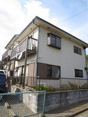 グリーンライン「日吉本町」駅より徒歩5分!便利な立地の2階建てアパートです♪通勤通学はもちろん、お買い物やお出かけにもGood☆