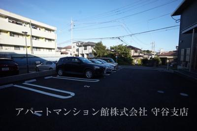 【駐車場】ラウレアハレ